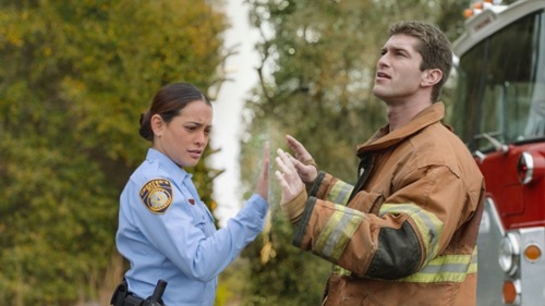 under-the-dome-1x01-03