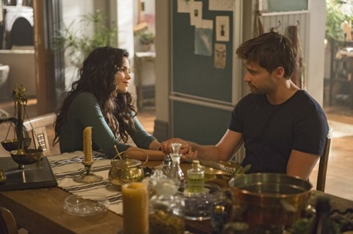 Witches-of-East-End-Season-2-Episode-5-Boogie-Knights-7