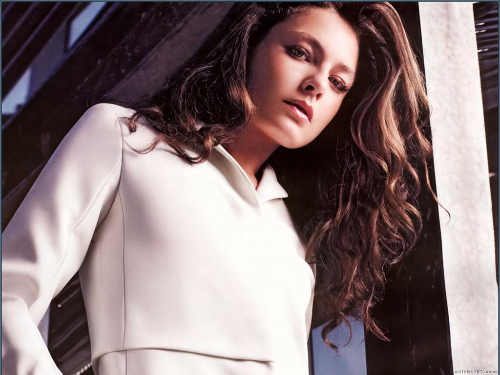 Alexa Davalos Mob City: Hot TV Babe Of The Week:Alexa Davalos