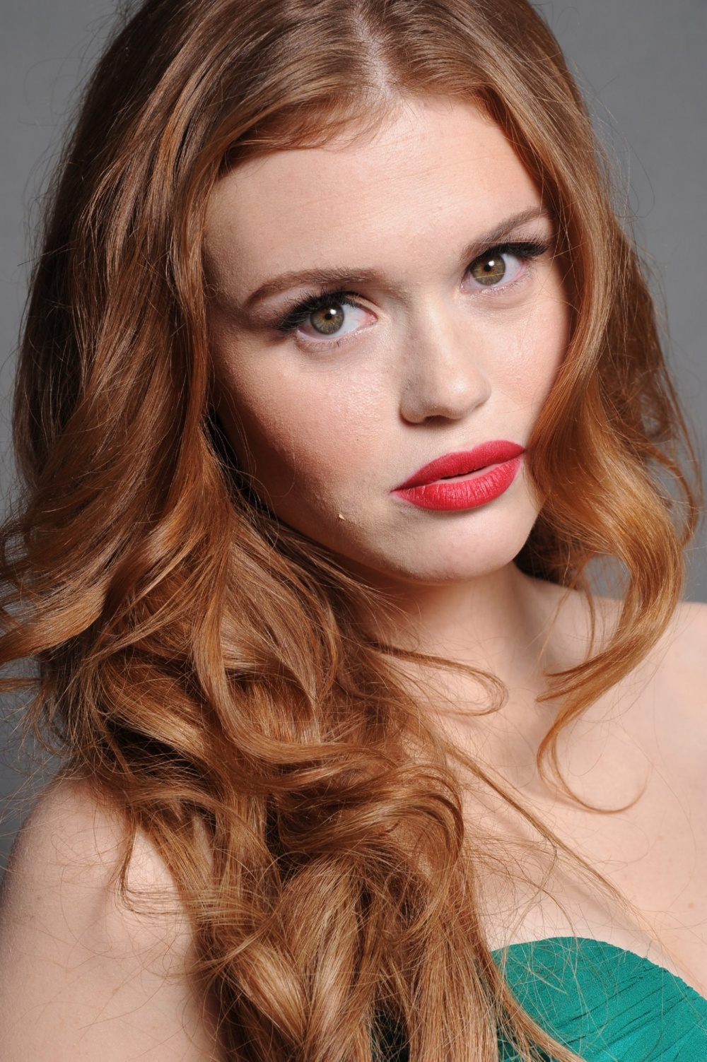 Hot Tv Babe Every Week:holland Roden 天涯小筑
