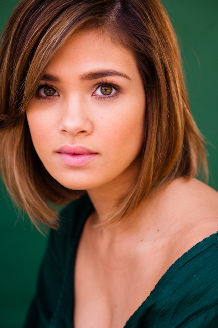 Hot Tv Babe Of The Week:nicole Gale Anderson 天涯小筑