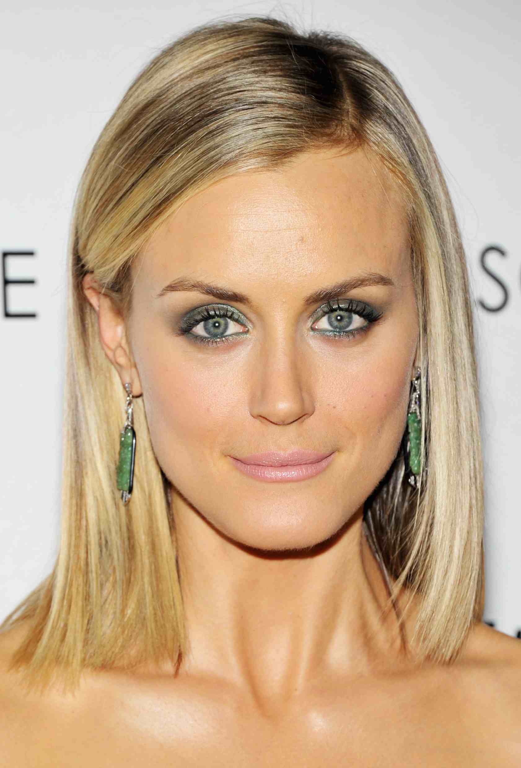 Hot tv babe of the week taylor schilling